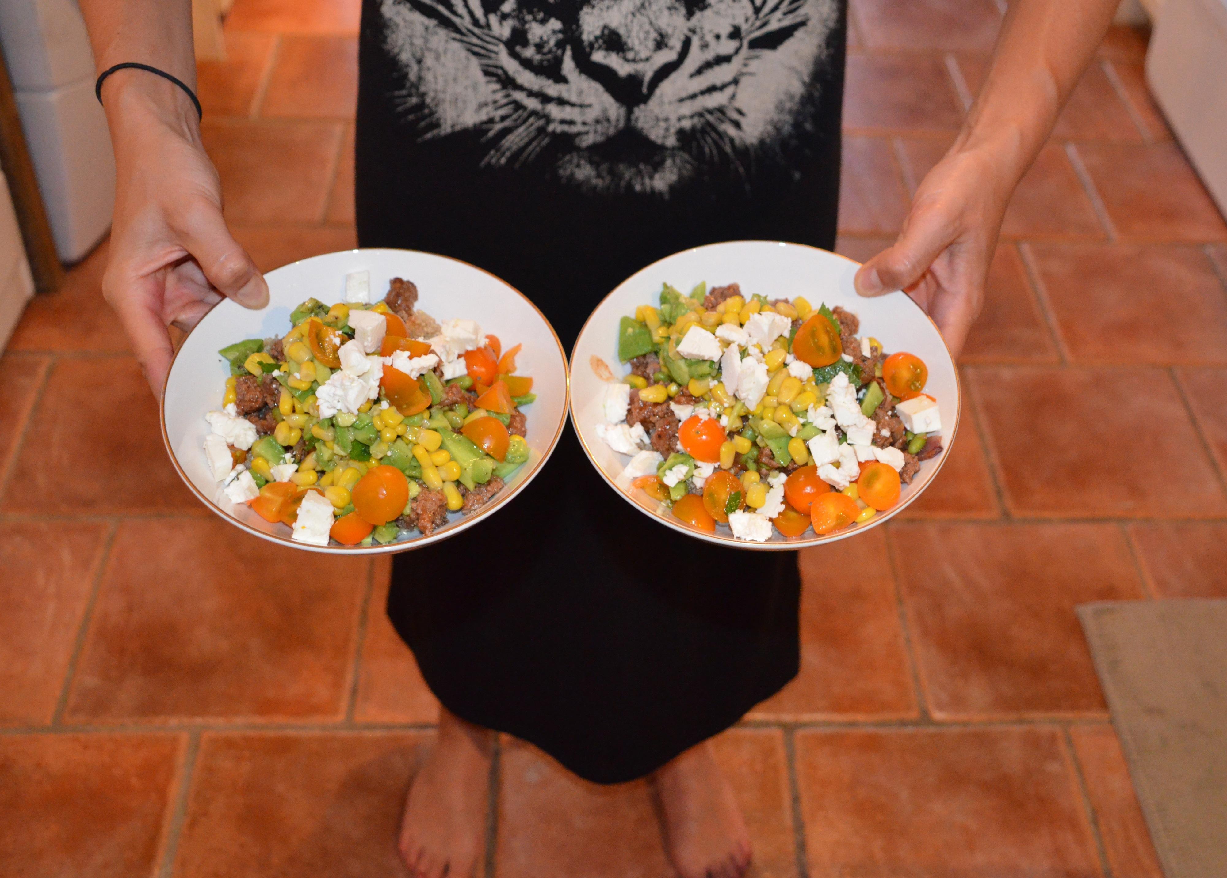 Recette d'un bol de quinoa simple et santé à saveurs mexicaines.